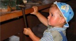 Маленькие помощники: что можно поручить детям