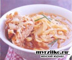 Луковый суп и гренки с сыром грюйер для семейного  обеда